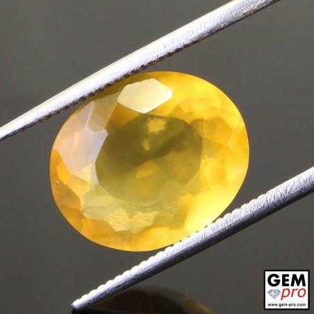 Opale de Feu Jaune 4.54 carat Taille Ovale Gemme de Madagascar