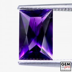 Violet Amethyst 1.8ct Baguette from Madagascar Natural and Untreated Gemstone