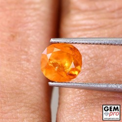 2.21 Carats Grenat Spessartite Orange Gemme de Madagascar