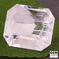 59.81 Carat Quartz à Fantôme Hematite de Madagascar