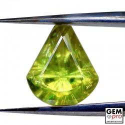 2.07 Carat Sphene (Titanite) Gemme de Madagascar