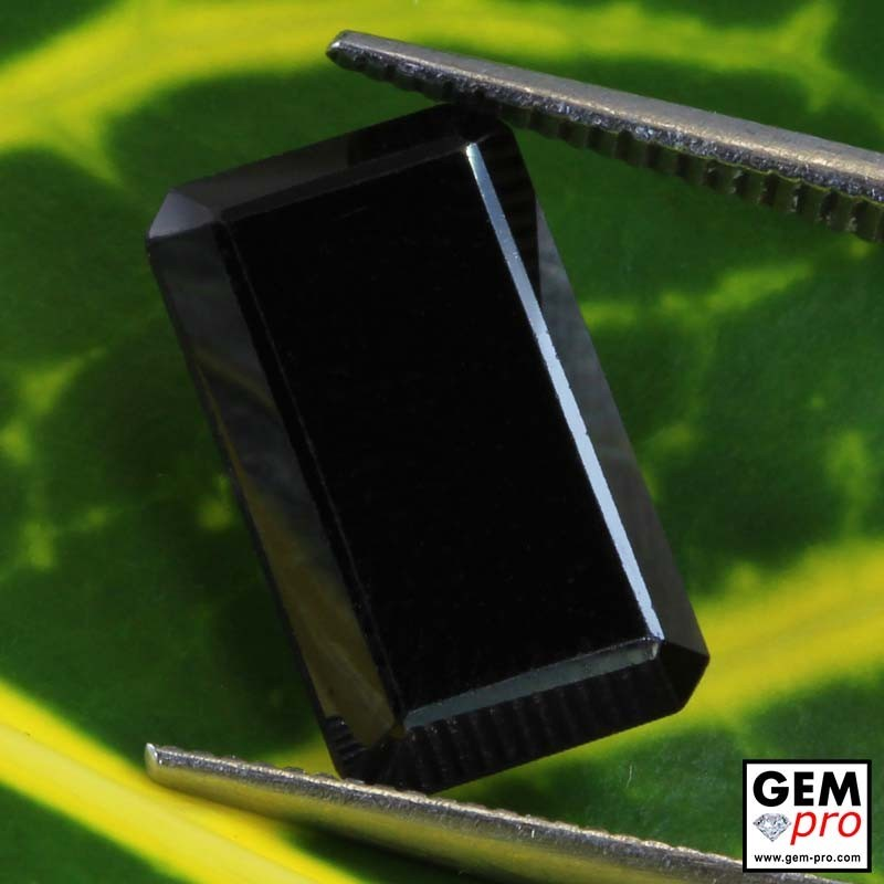 2.99 ct Black Onyx from Madagascar Natural and Untreated