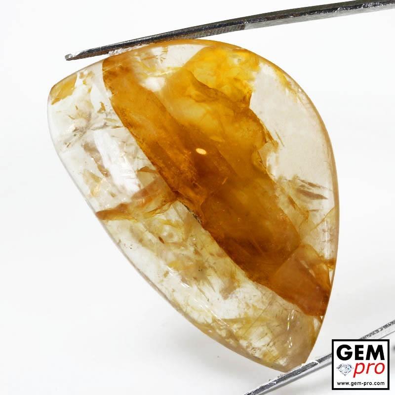 97.00 Carat Quartz Inclusions Limonite Jaune Orange Gemme de Madagascar