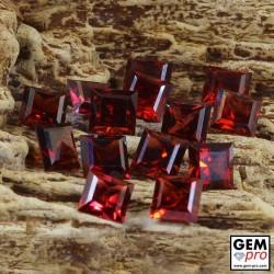 Lot de 10 pièces calibrées 5 x 5 mm de Grenat Almandin forme carrée 9-10 carat