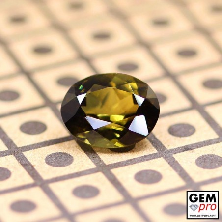 Green Tourmaline Oval-Cut from Madagascar 2.7 ct.