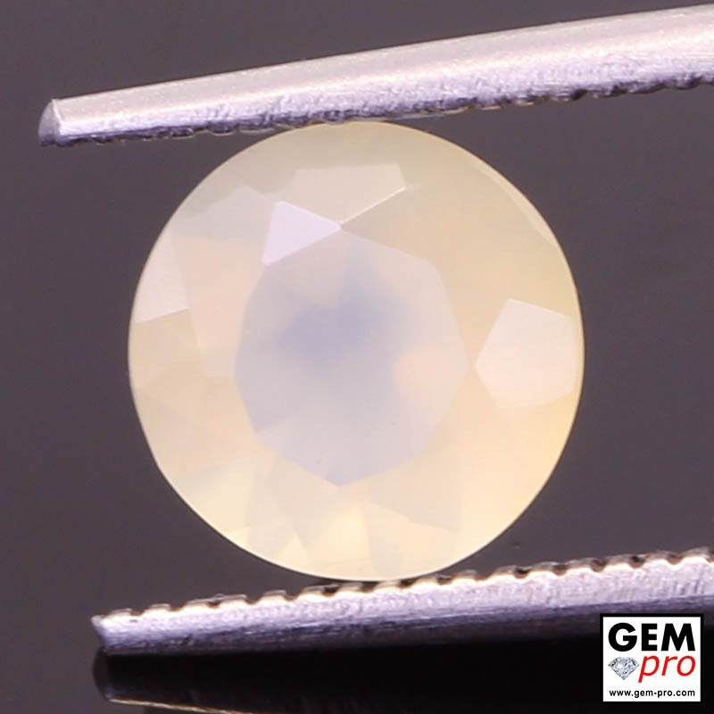 Opale Blanche-orangée 1.14 cts Gemme de Madagascar